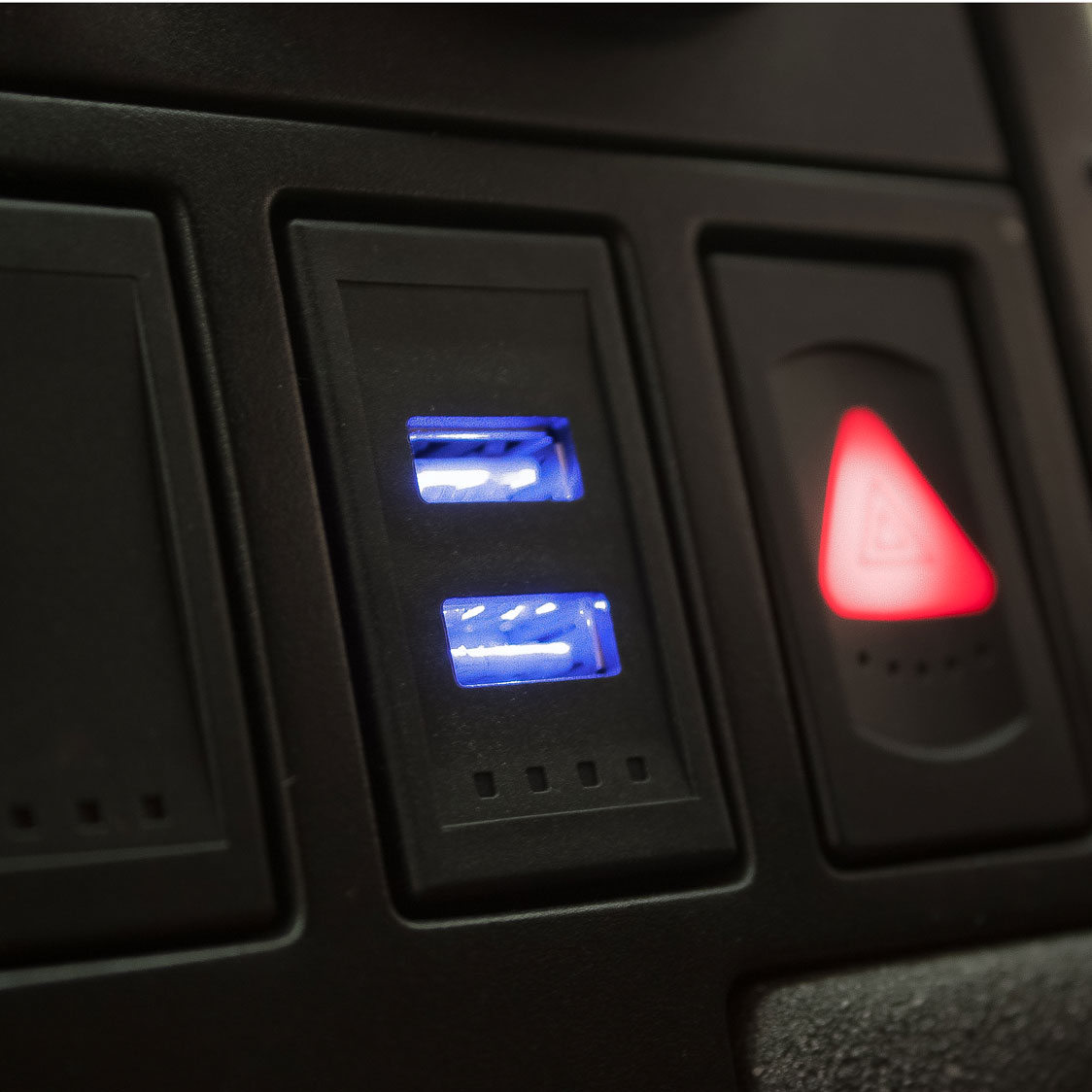 in dash usb charging port choice image