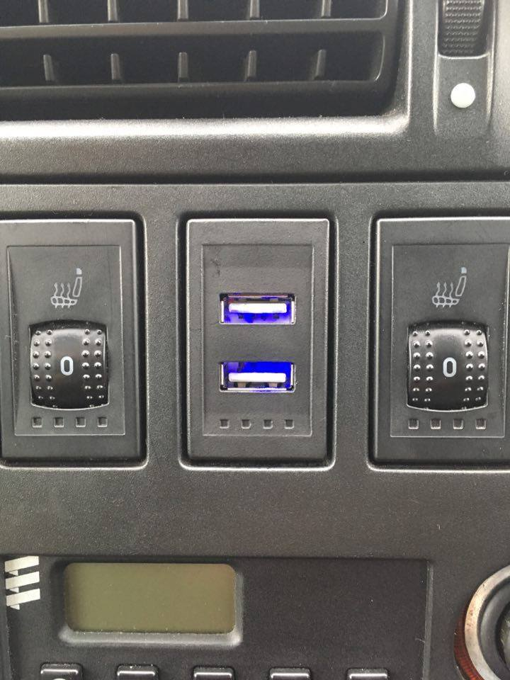 Oem Style T4 Dual Usb Charge Ports For Dash Blank  U2013 T4